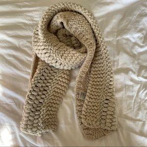 3/$24 H&M Chunky Knit Scarf